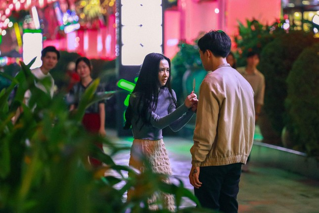 """Jun Vũ bị Anh Tú đánh bầm dập trong phim hài hành động """"Chìa Khóa Trăm Tỷ"""" ảnh 2"""