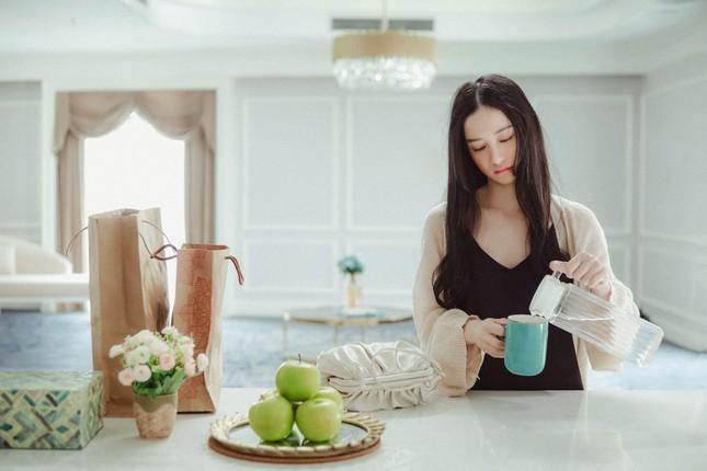 """Jun Vũ bị Anh Tú đánh bầm dập trong phim hài hành động """"Chìa Khóa Trăm Tỷ"""" ảnh 3"""