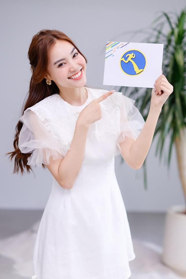 """""""Running Man"""" bản Việt mùa 2 gọi tên """"Nữ hoàng cơ hội"""" Lan Ngọc và """"Người lạ ơi"""" Karik ảnh 1"""
