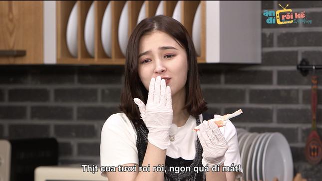 """""""Ăn Đi Rồi Kể"""" tập 5: JooE, Nancy (MOMOLAND) nói tiếng Việt siêu yêu khiến fan hào hứng ảnh 6"""