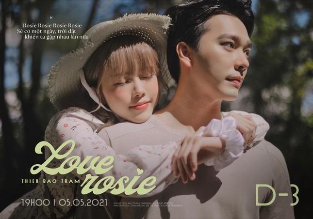 """Thiều Bảo Trâm tung teaser cho """"Love Rosie"""", tên ca khúc mới có liên quan BLACKPINK Rosé? ảnh 2"""