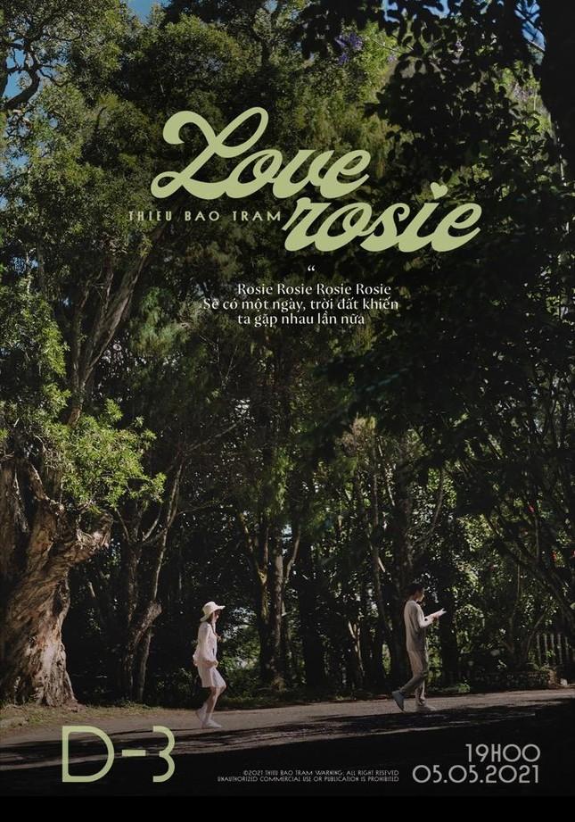 """Thiều Bảo Trâm tung teaser cho """"Love Rosie"""", tên ca khúc mới có liên quan BLACKPINK Rosé? ảnh 3"""