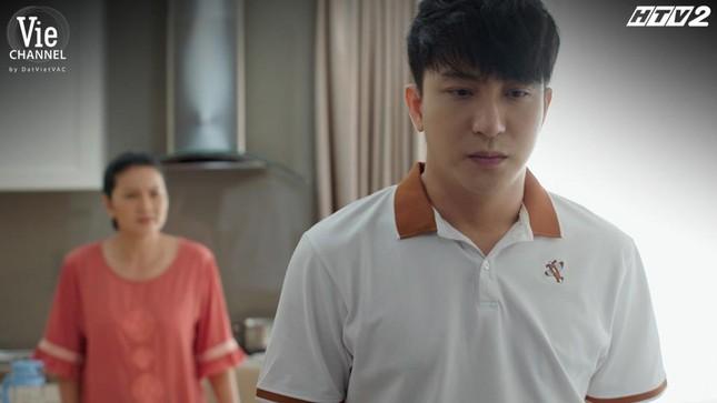Cây Táo Nở Hoa Tập 14: Thái Hòa òa khóc trong vòng tay Hồng Ánh, quyết tâm giải cứu em gái ảnh 2