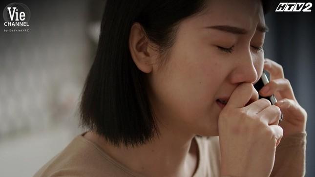 Cây Táo Nở Hoa Tập 14: Thái Hòa òa khóc trong vòng tay Hồng Ánh, quyết tâm giải cứu em gái ảnh 7