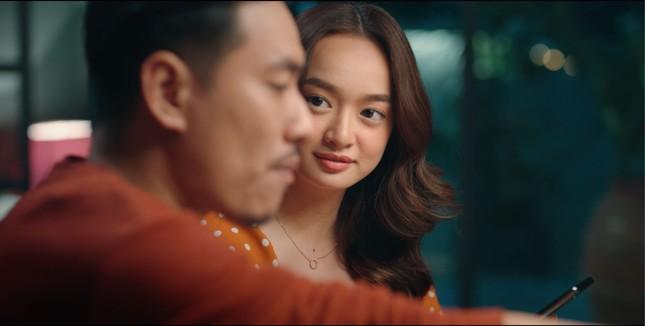 """Thái Hòa mờ ám, Kaity Nguyễn ghen tuông khi """"công khai bí mật"""" trong """"Tiệc Trăng Máu"""" ảnh 3"""