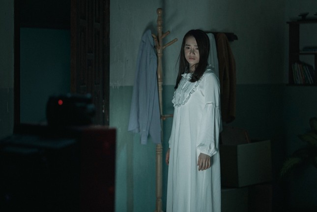 """Nhã Phương trở thành bà xã của """"Voi biển"""" Trương Thế Vinh trong phim điện ảnh mới ảnh 1"""