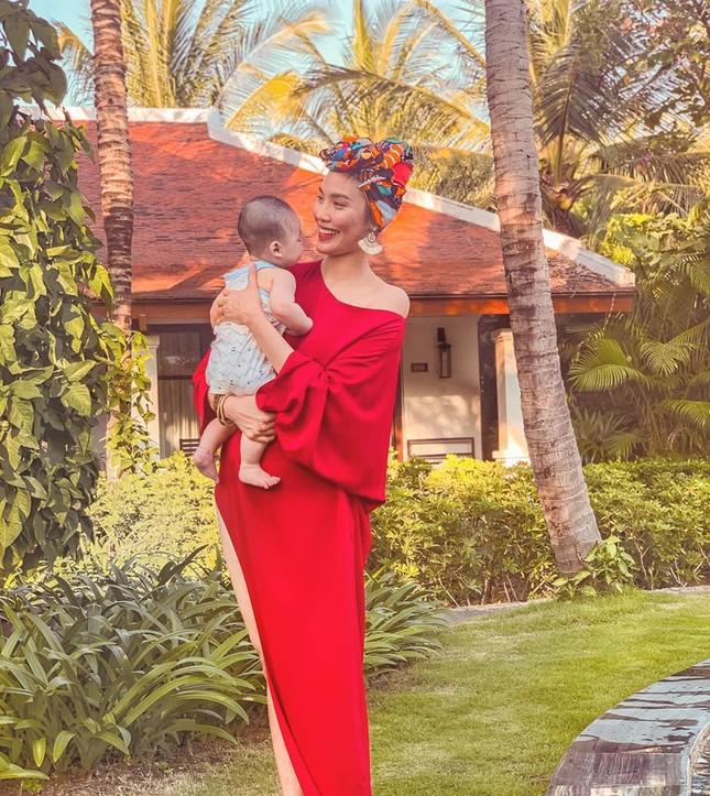 Sao Việt 24H: Đông Nhi tung ảnh đẹp như hoa, Lan Khuê có chuyến đi đầu tiên cùng quý tử ảnh 4