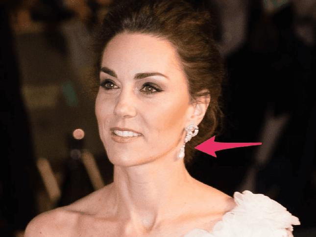 """7 món bảo vật Hoàng gia được Công nương Kate Middleton """"cưng như trứng"""" ảnh 4"""
