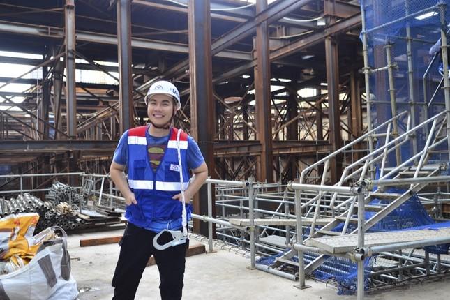 Theo chân Hamlet Trương khám phá ga ngầm siêu hiện đại của tuyến Metro số 1 ở TP.HCM ảnh 1