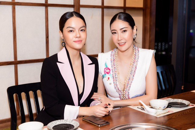 Bất ngờ trước mối quan hệ họ hàng của Phạm Quỳnh Anh và Hoa hậu Hà Kiều Anh ảnh 2