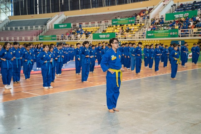 """Hơn 1600 học sinh TP.HCM tham gia """"đi đường quyền"""" trong Hội Khỏe Phù Đổng ảnh 3"""