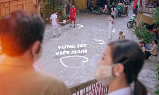 """MV """"Vững Tin Việt Nam"""" tiếp thêm sức mạnh cho cộng đồng sớm vượt qua đại dịch COVID-19 ảnh 1"""