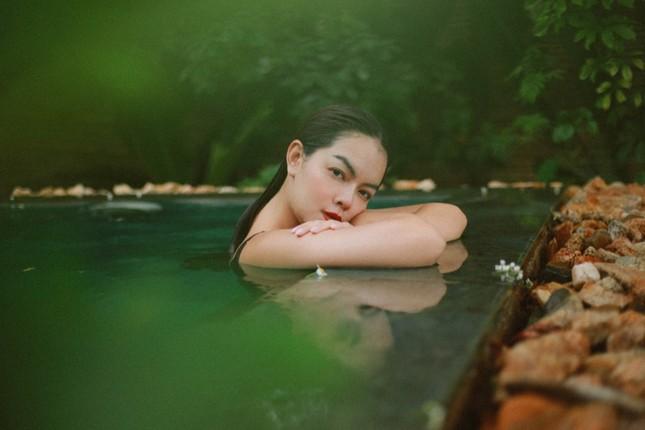 """Phạm Quỳnh Anh nối tiếp loạt hit """"Tình Yêu Cao Thượng"""" với lá thư gửi người đến sau ảnh 3"""
