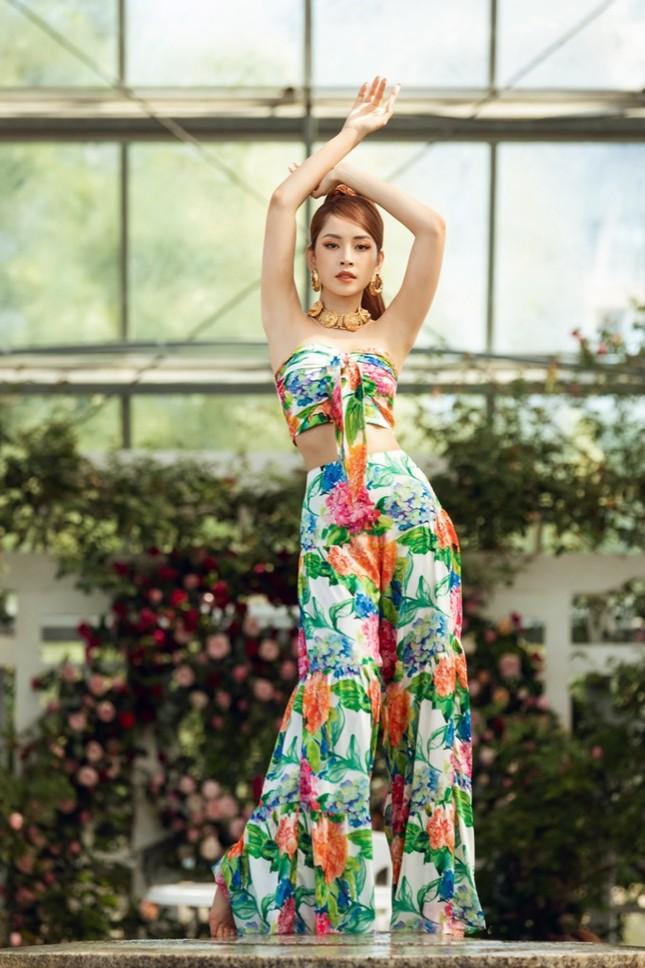 Chi Pu tung poster cực xinh, hé lộ màn kết hợp thú vị cùng hit-maker Mew Amazing ảnh 2