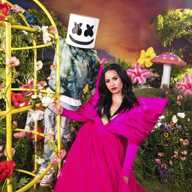 Giải tỏa căng thẳng đầu năm học với ca khúc mới của Demi Lovato và Marshmello ảnh 5