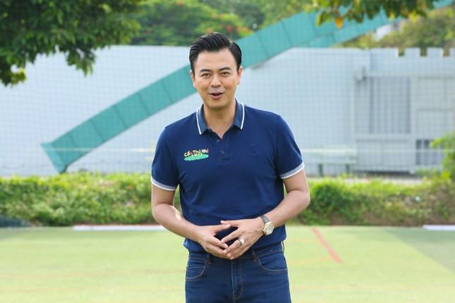 Tuấn Tú (Về nhà đi con) tiếc nuối vì không thể trở thành cầu thủ chuyên nghiệp ảnh 2