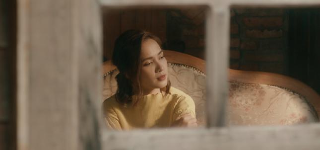 """Không còn cover, Ái Phương """"bẻ cua"""" cực gắt khi đổi concept của """"The Ai Phuong Show"""" ảnh 1"""