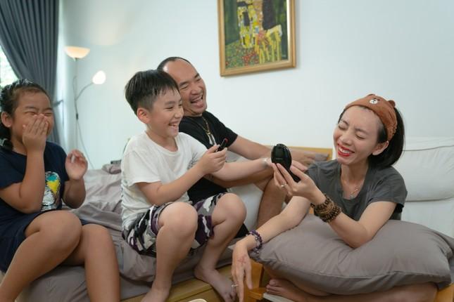 """Được Tiến Luật giúp """"đi đường cọ"""", Thu Trang khóc thét vì không thể nhận ra chính mình  ảnh 5"""