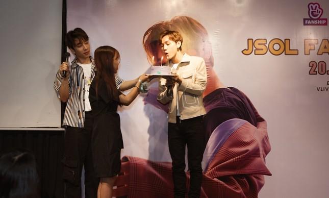 Jsol tiết lộ tật xấu khi soi gương, chia sẻ thật lòng về chuyện tình cảm trong fan meeting ảnh 5