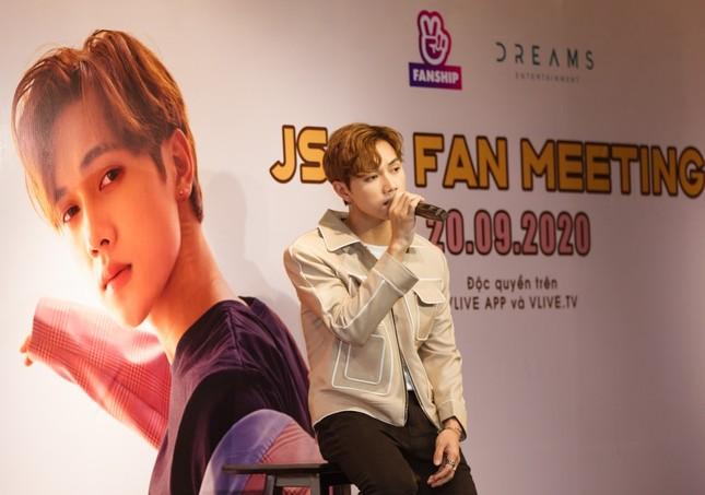Jsol tiết lộ tật xấu khi soi gương, chia sẻ thật lòng về chuyện tình cảm trong fan meeting ảnh 6