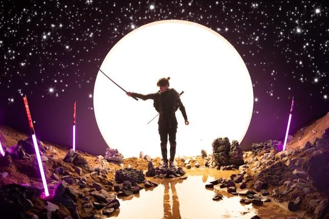 """Jack mang đến thế giới âm nhạc siêu thực được đầu tư hoành tráng với MV """"Hoa Hải Đường"""" ảnh 2"""