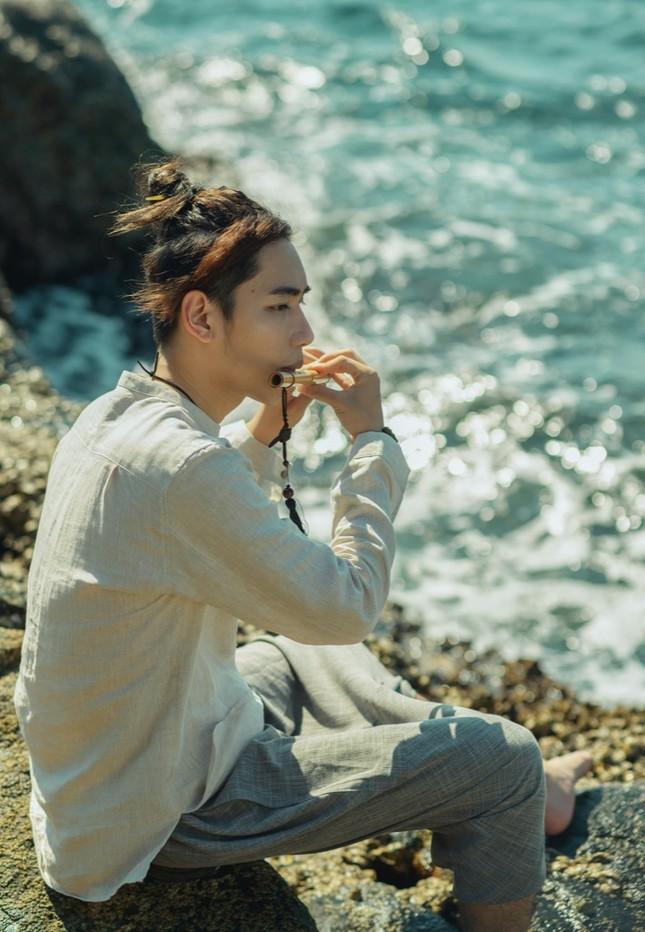 """Jack vừa tung MV """"Hoa Hải Đường"""", K-ICM lập tức """"nhá hàng"""" MV """"Ai Mang Em Đi"""" ảnh 4"""