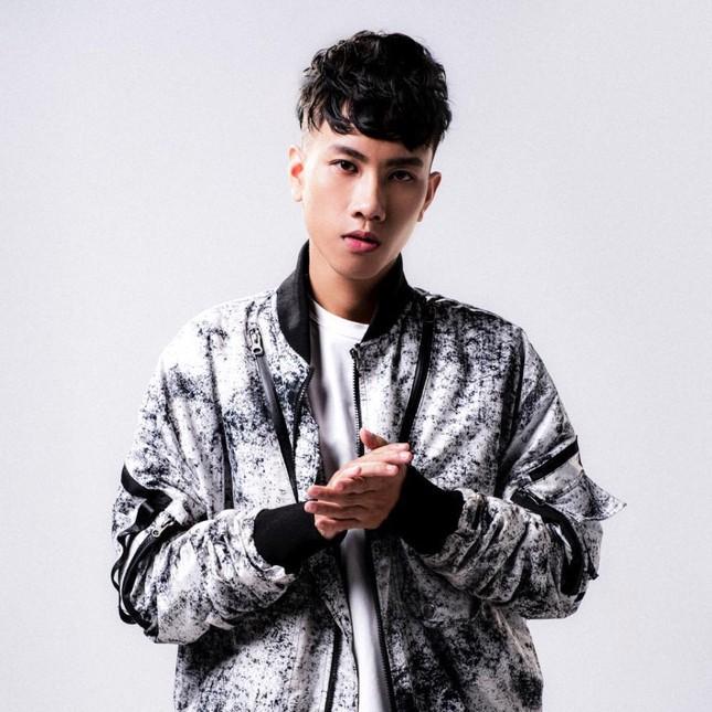 Hoaprox ra mắt single cùng Nick Strand và Mio - màn kết hợp quốc tế mang dấu ấn Việt ảnh 2