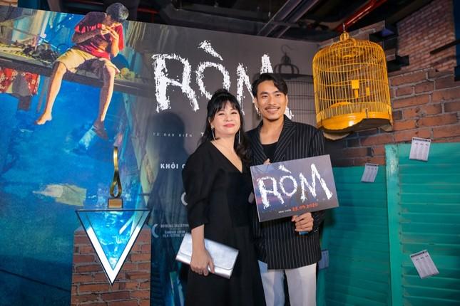 """Mỹ Tâm, vợ chồng Thu Trang - Tiến Luật đến chúc mừng phim """"Ròm"""" ra mắt đầy cảm xúc ảnh 6"""