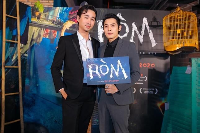 """Mỹ Tâm, vợ chồng Thu Trang - Tiến Luật đến chúc mừng phim """"Ròm"""" ra mắt đầy cảm xúc ảnh 7"""