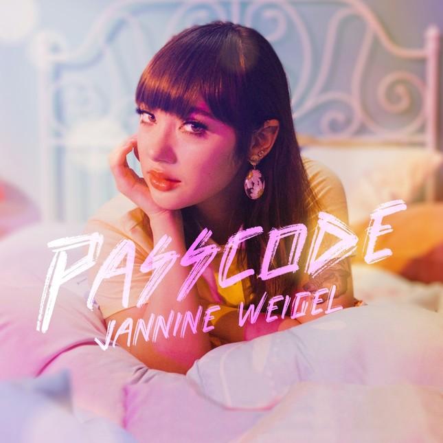 """Playlist cuối tuần: Bạn chọn """"hotgirl cover"""" Jannine hay """"hoàng tử Lofi"""" gốc Việt keshi? ảnh 4"""