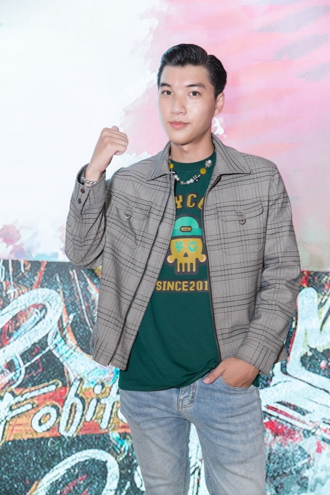 HIEUTHUHAI, Pháo, Rich Choi... cùng hàng trăm rapper hội tụ chúc mừng Obito ra mắt MV mới ảnh 4