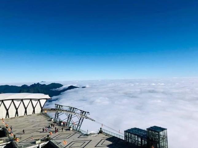 """Cả một """"biển mây"""" bồng bềnh đang chờ bạn """"check-in"""" trong mùa đẹp nhất năm ở Sa Pa  ảnh 3"""