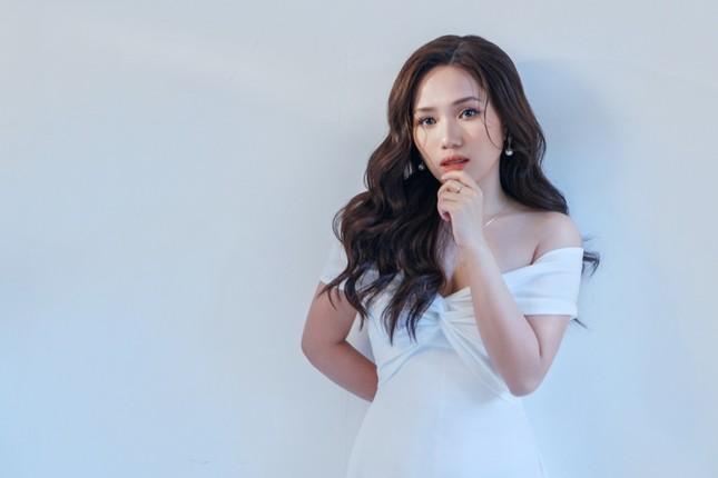 Thùy Chi tái xuất V-Pop với bản ballad buồn do ViruSs sáng tác, kết hợp cùng Trấn Thành ảnh 3