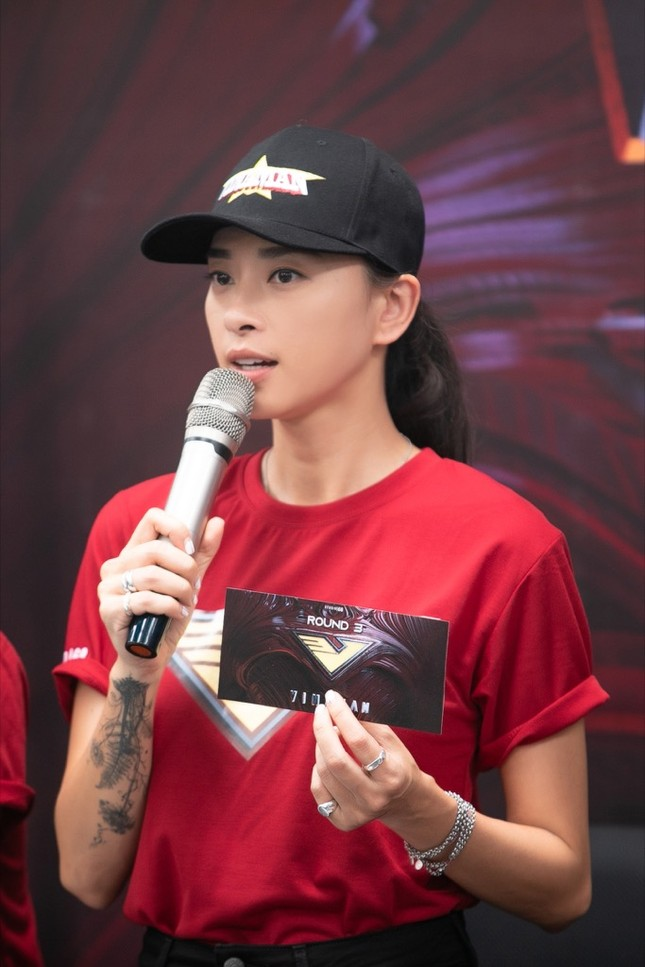 Vượt qua 700 ứng viên, hot boy đóng MV của Trung Quân Idol lọt Top 10 ứng viên cho VINAMAN ảnh 1