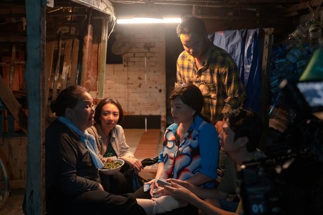 """Sau """"Tiệc Trăng Máu"""", Thu Trang vào vai nhiều chuyện, ăn cắp vặt trong web-drama ảnh 5"""