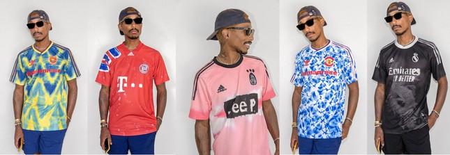 Fan bóng đá săn tìm BST do Pharrell Williams thiết kế riêng cho 5 CLB nổi tiếng thế giới ảnh 1