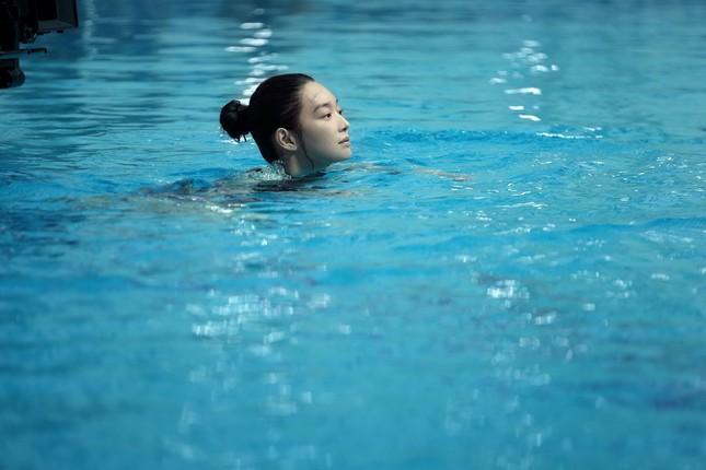 """Shin Min Ah khiến fan rùng mình trước mối quan hệ """"chị chị em em"""" trong phim mới ảnh 3"""