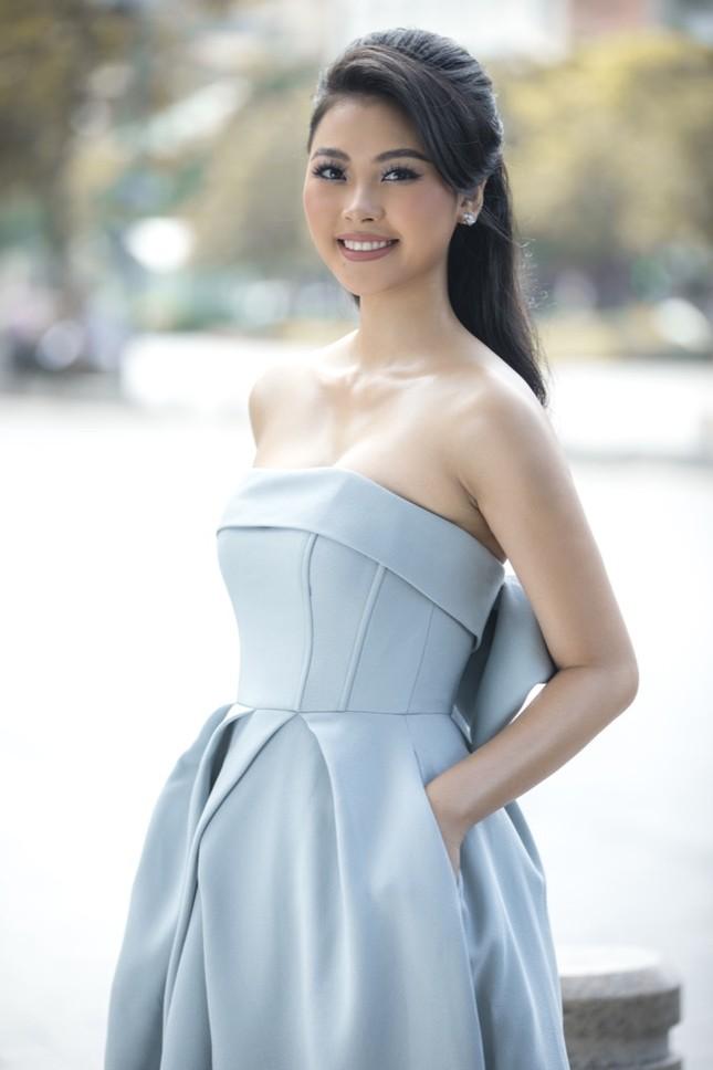 Top 5 Hoa hậu Việt Nam 2016 Đào Thị Hà xuất hiện xinh đẹp tại sự kiện thời trang ảnh 2