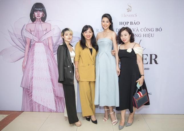 Top 5 Hoa hậu Việt Nam 2016 Đào Thị Hà xuất hiện xinh đẹp tại sự kiện thời trang ảnh 5