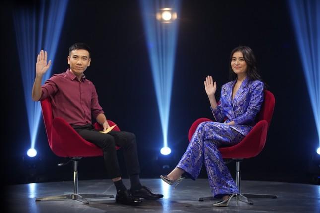 Hoàng Thùy Linh gây bất ngờ khi tiết lộ hơn 30 tuổi vẫn để mẹ quản lý thu nhập ảnh 3