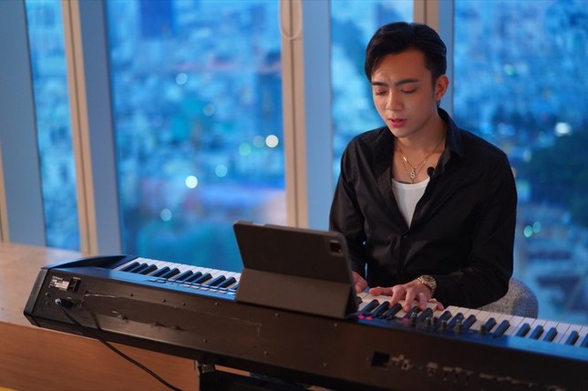 """Soobin Hoàng Sơn bất ngờ nói """"Sorry"""", xóa sạch ảnh Facebook lẫn MV trên kênh YouTube ảnh 6"""