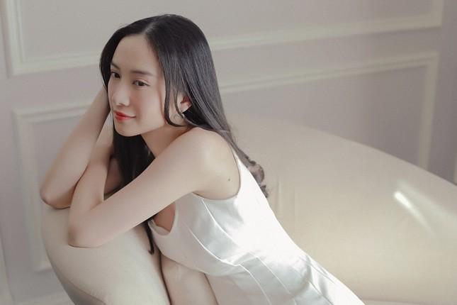 """Hé lộ hậu trường đáng yêu giữa Jun Vũ và Anh Tú trong phim """"Chìa Khoá Trăm Tỷ"""" ảnh 1"""