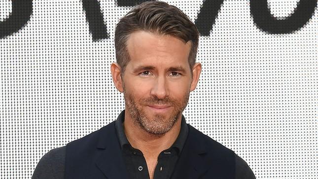 """Điểm lại những màn lồng tiếng ấn tượng của """"Deadpool"""" Ryan Reynolds trên màn ảnh ảnh 1"""