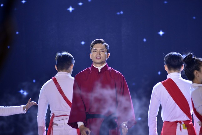 """Nói về """"Tài - Tâm - Đức"""", Võ Tấn Phát đăng quang """"Én Vàng Nghệ Sĩ 2020"""" ảnh 1"""