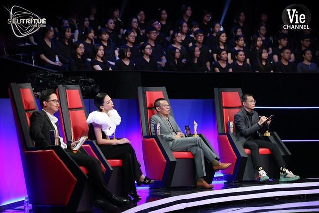 """""""Siêu Trí Tuệ Việt Nam"""" tập 1: Chàng hotboy hóa giải thử thách """"hack não"""" Mã đi tuần ảnh 7"""