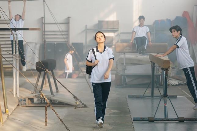 Không còn buồn bã, Phạm Quỳnh Anh chinh phục trai trẻ trong MV kết hợp Ricky Star ảnh 4