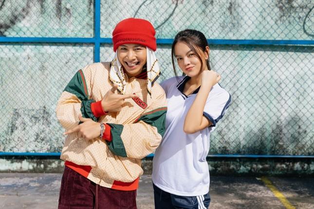 Không còn buồn bã, Phạm Quỳnh Anh chinh phục trai trẻ trong MV kết hợp Ricky Star ảnh 7