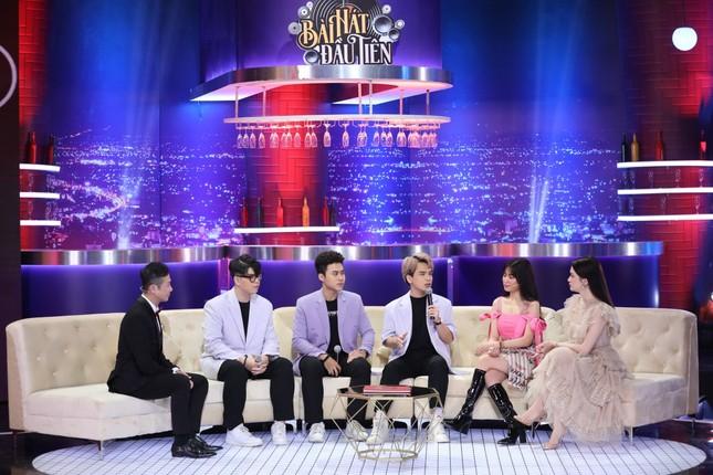"""""""Bài hát đầu tiên"""": Hoàng Thùy Linh bị """"vạch tội"""" hay """"bắt nạt"""" nhóm nhạc DTAP ảnh 4"""