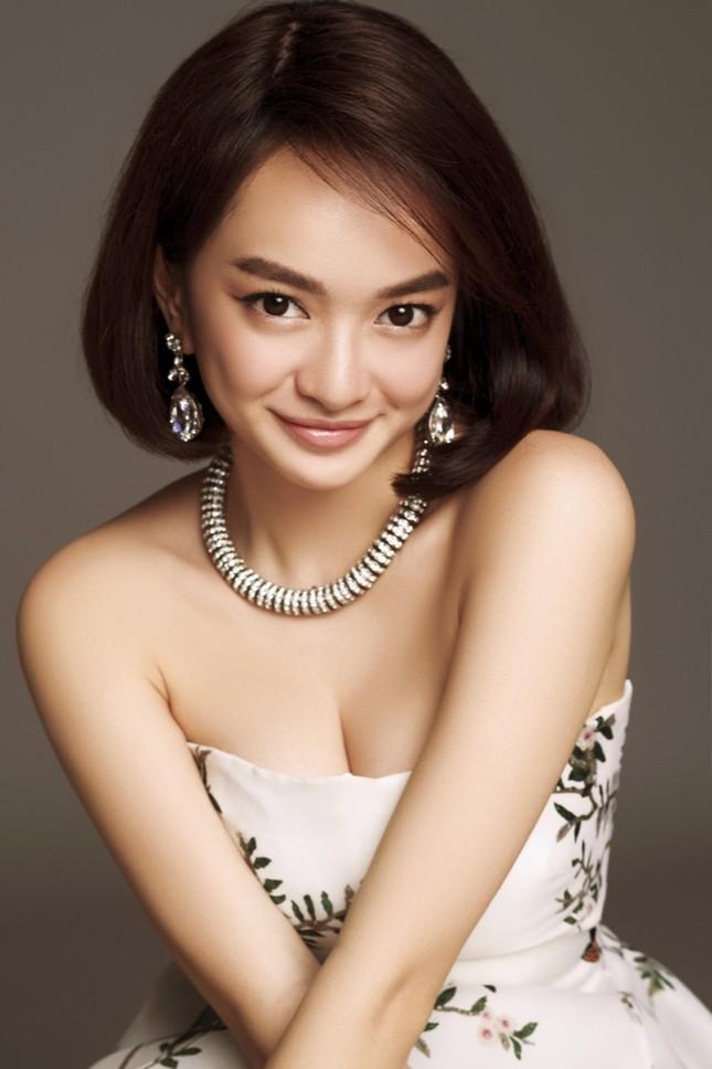 """Kaity Nguyễn khác lạ với tóc ngắn, chụp ảnh thân mật cùng """"người tình màn ảnh"""" mới ảnh 1"""