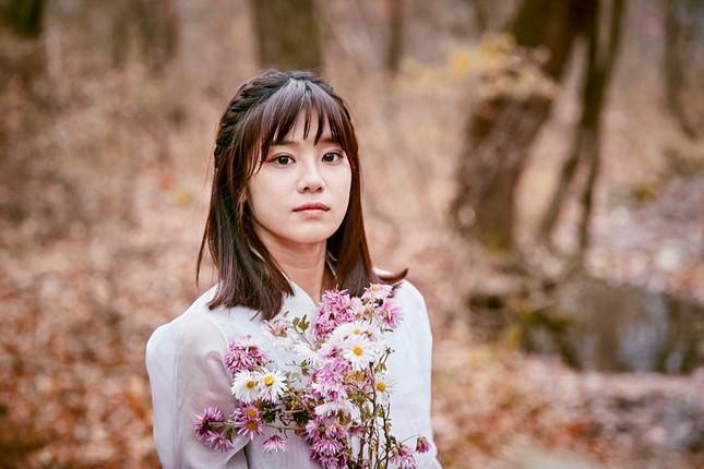 """Hoàng Yến Chibi """"nảy sinh tình cảm"""" với nam thần Hàn Quốc Sung Hoon trong dự án Việt - Hàn ảnh 2"""